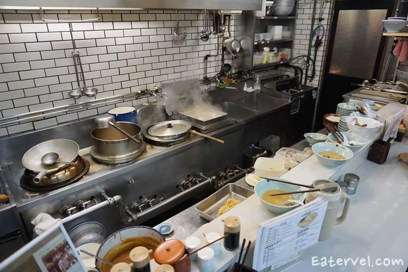 ครัว Ramen Horyu Flaghip Shop Halal Ramen in Sapporo